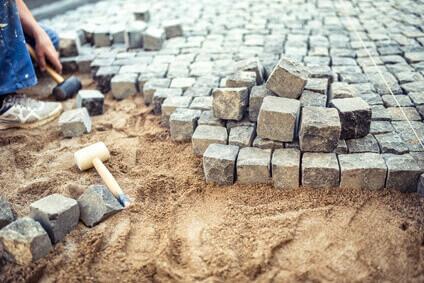 Richtig pflastern leicht gemacht jetzt informieren - Piedras para construccion ...